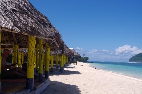 Lalonumu beach